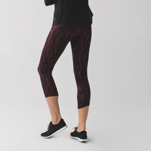 Lululemon Maroon Exquisite Crop Animal Bordeaux